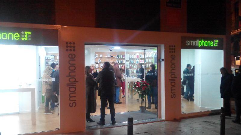 Inauguración de la nueva tienda de Smallphone